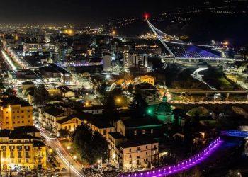 Panorama_Cosenza_notturno